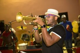 ...with the Laventille Rhythm Section. © Maria Nunes